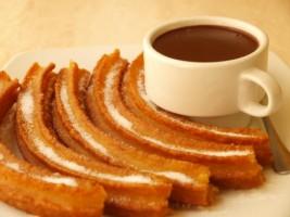 Snídaně na Nový rok? Churros s horkou čokoládou.